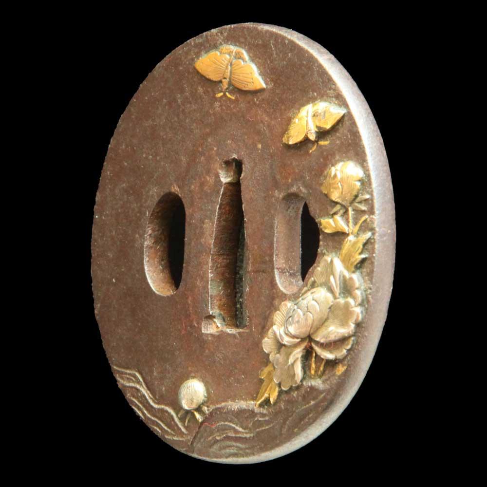 牡丹に牒図鍔・斜め
